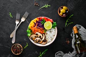 妊娠線消すための栄養バランスの良い食事
