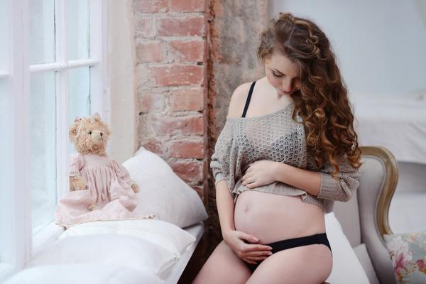 妊娠線予防には体重管理と保湿ケア